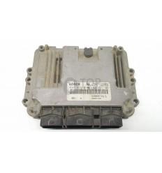 Centralita motor Renault Megane 1.9 0281013366
