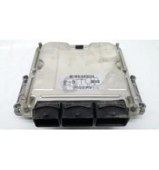 Centralita motor Volvo S40 1.9 0281010441
