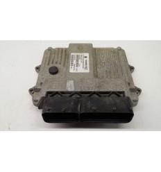 Centralita motor Opel Corsa 1.3 55568383KZ